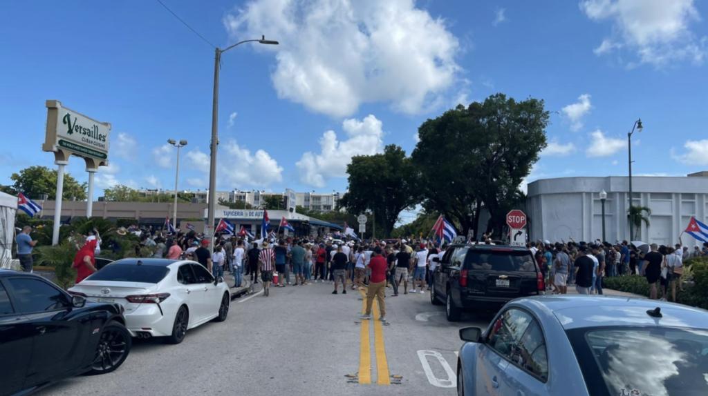 Cuba: exigen al gobierno libertades en medio de crisis sanitaria