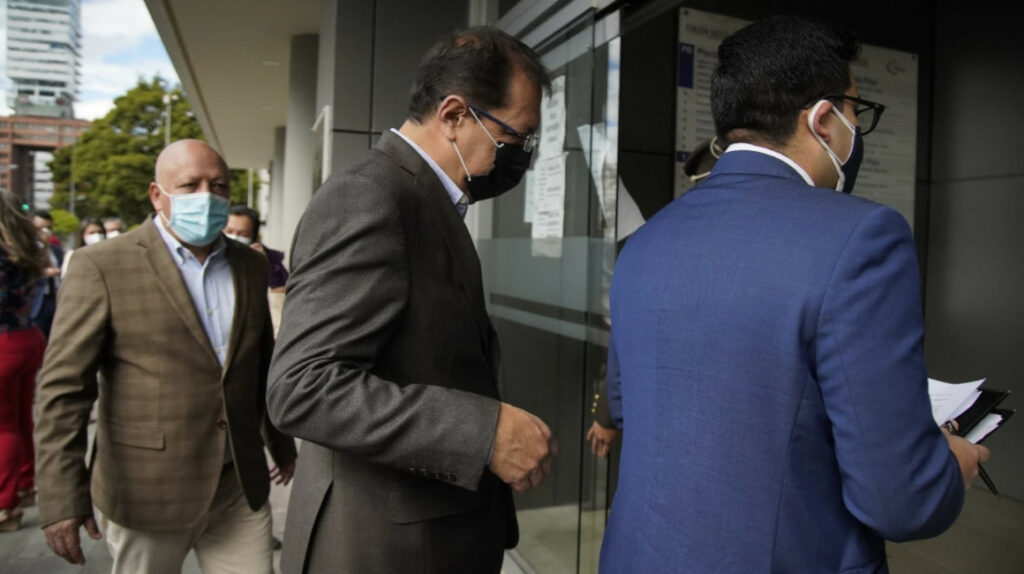 Concejales presionan por la revocatoria; Alcaldía analiza sanciones por faltas
