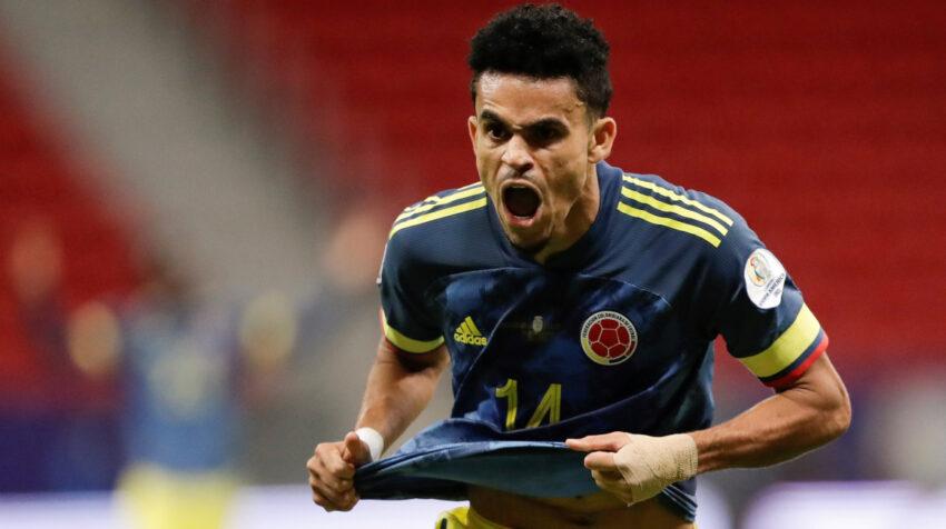 Luis Díaz festeja uno de sus goles ante Perú por la Copa América de Brasil, el 9 de julio de 2021.