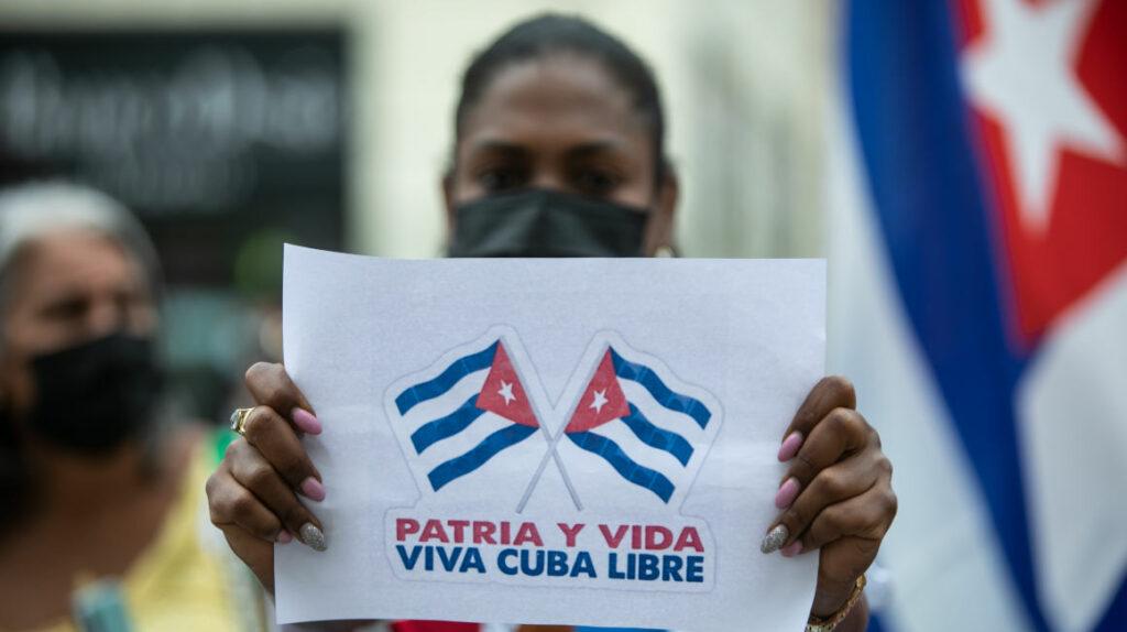 Bachelet pide la liberación de los manifestantes detenidos en Cuba