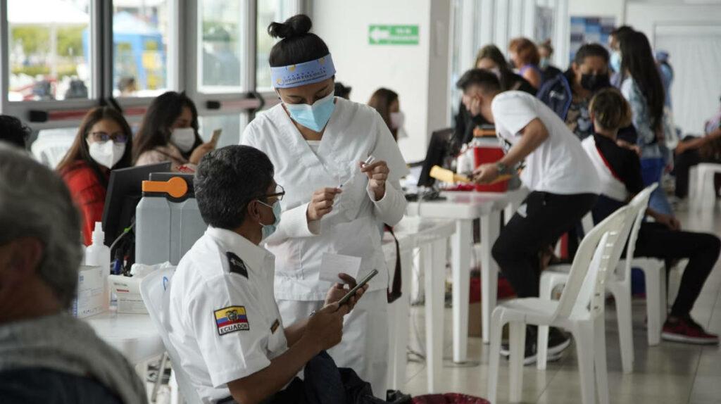 No habrá atención en vacunatorios de Guayaquil el lunes 26 de julio