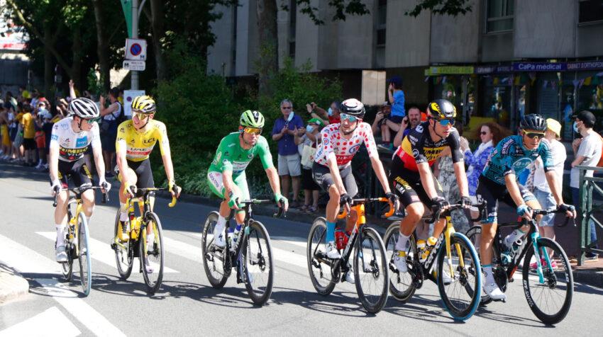 Los líderes de la clasificación, durante la Etapa 21 del Tour, el domingo 18 de julio.