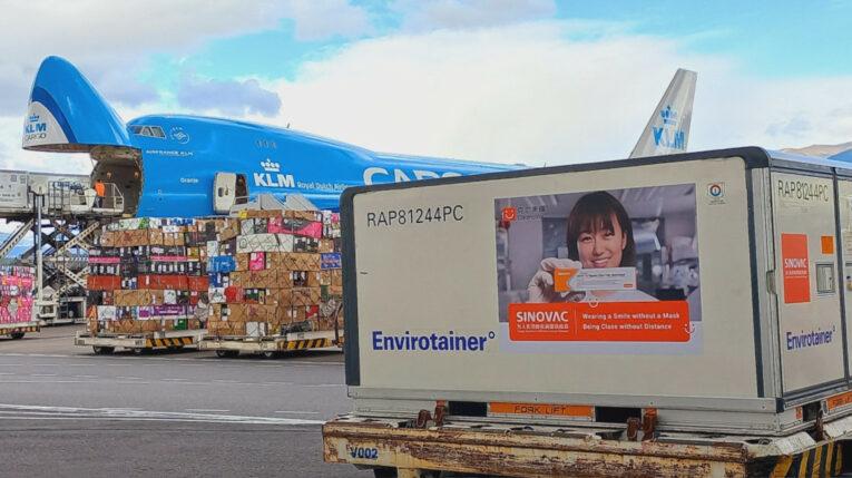 Un cargamento con tres millones de dosis de la vacuna Sinovac llegaron a Quito. 18 de julio de 2021