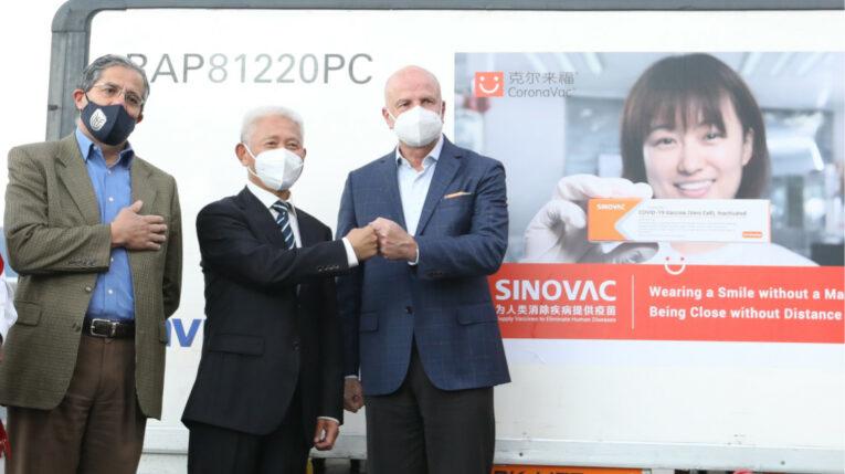 El 3 de julio de 2021 llegaron dos millones de dosis de Sinovac a Quito.