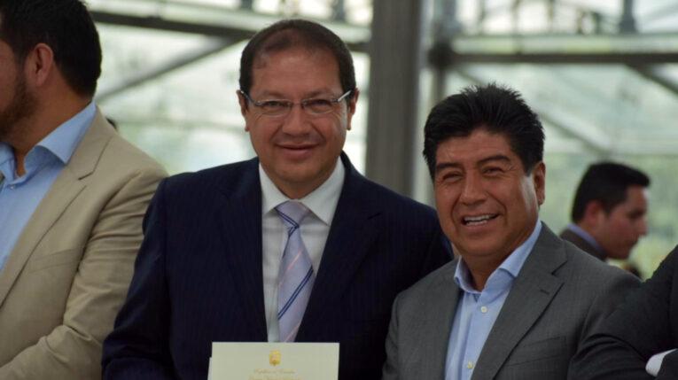 Santiago Guarderas y Jorge Yunda, el 13 de mayo de 2019, un día antes de que Yunda sea posesionado como Alcalde de Quito.