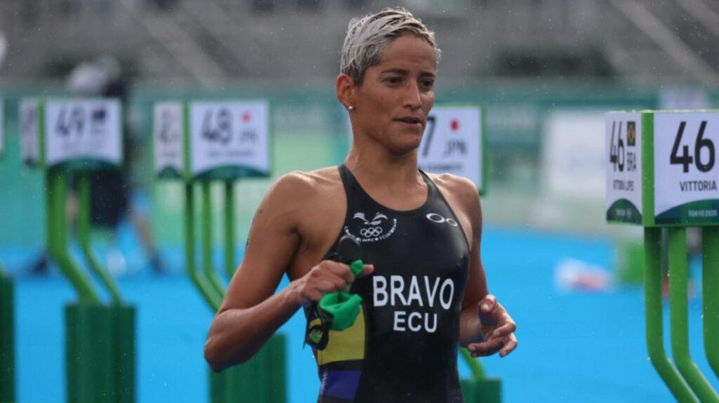 Elizabeth Bravo queda fuera del triatlón femenino en Tokio