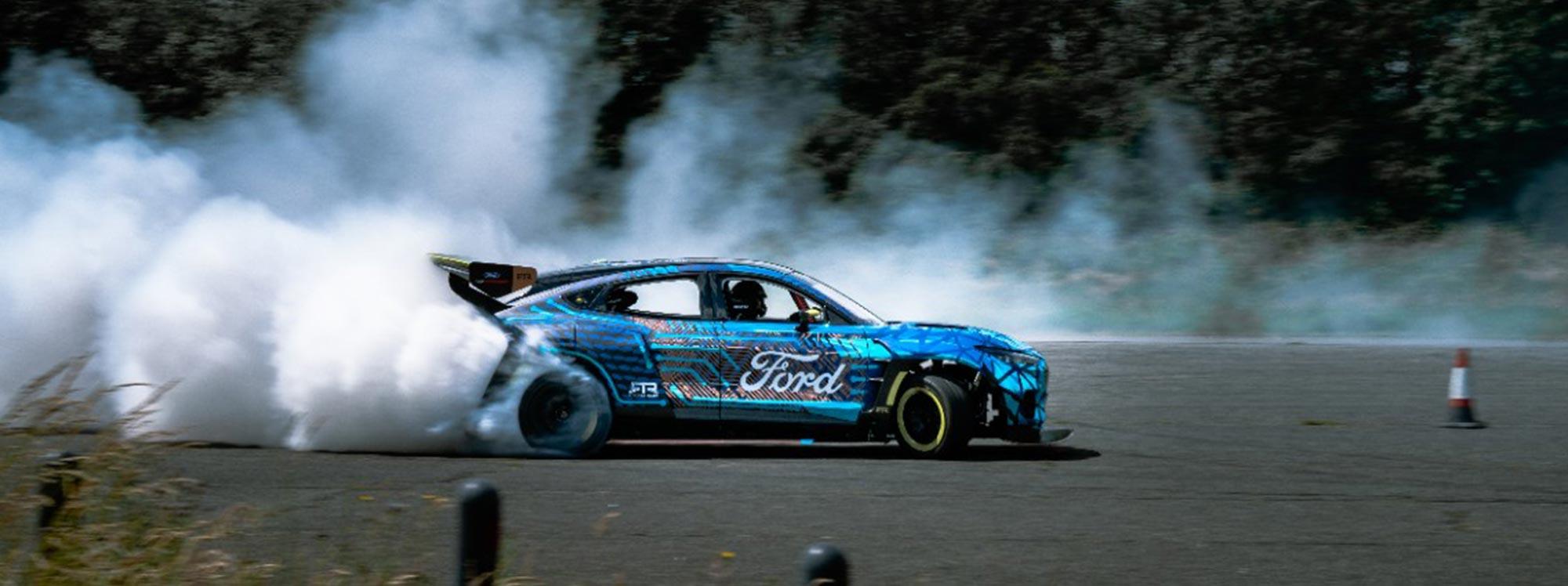 El icónico Mustang se renueva con sistemas fuera de serie