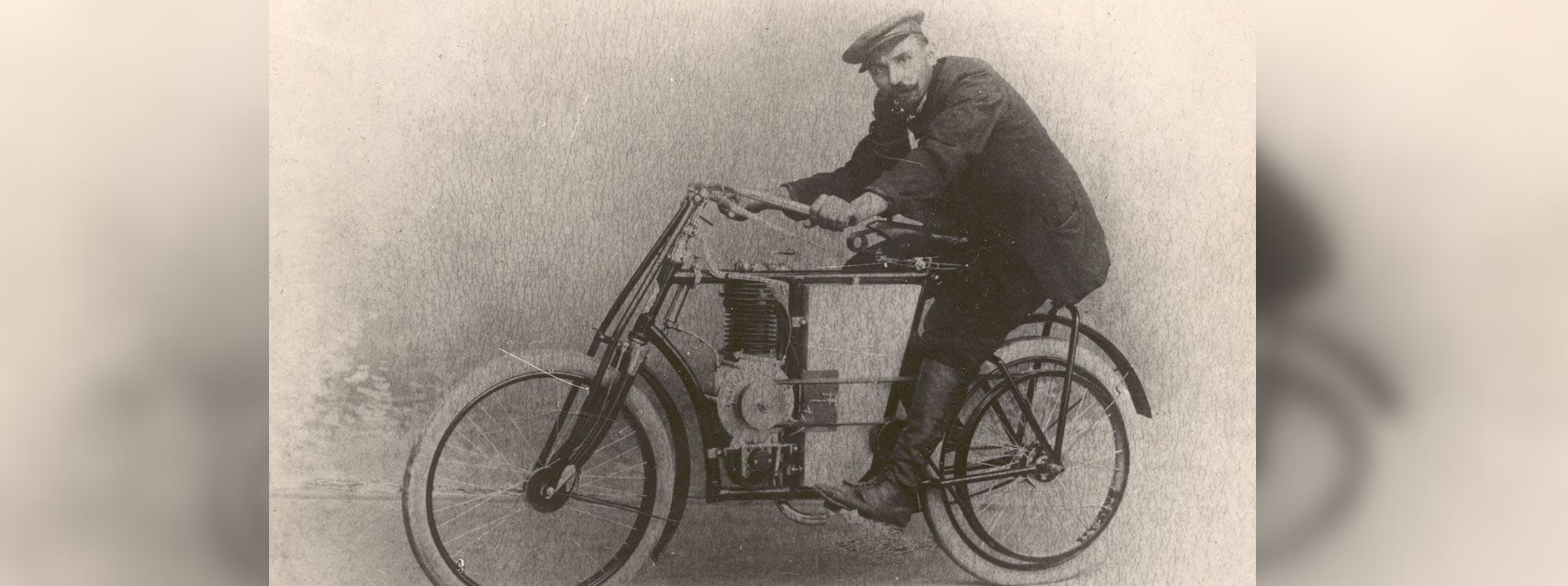 Skoda:120 años de sus vehículos motorizados de dos ruedas