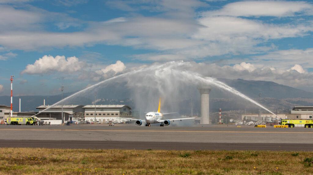 Dueño de la cuestionada Aeroregional no pudo entrar a Ecuador