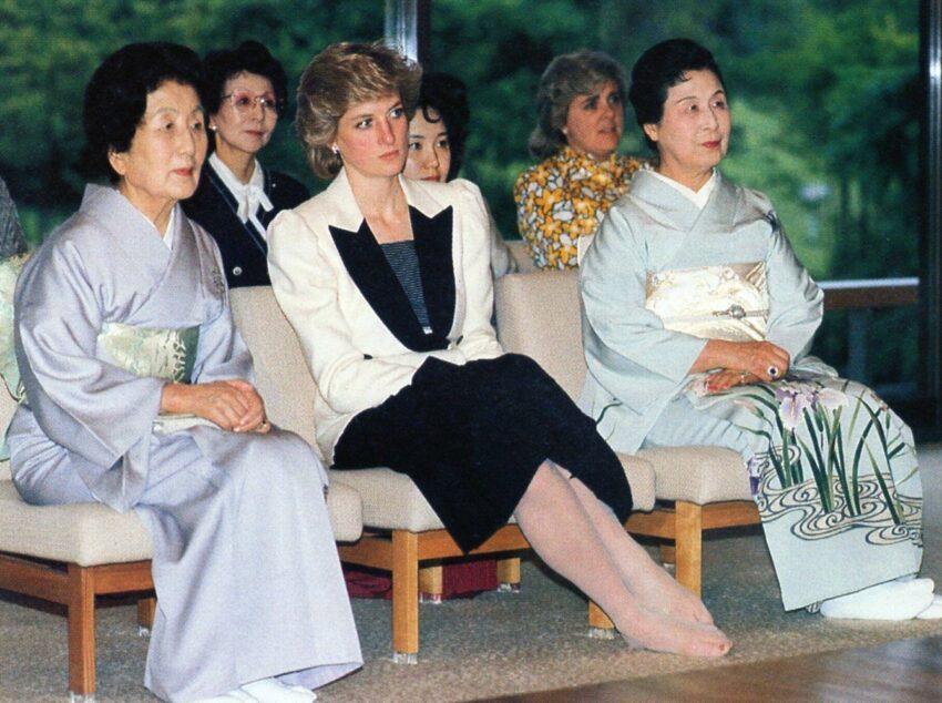 Diana de Gales en Tokio: visita oficial a un templo budista, 1986