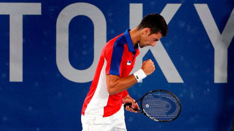 Djokovic mantiene su paso firme hacia el 'Golden Slam'