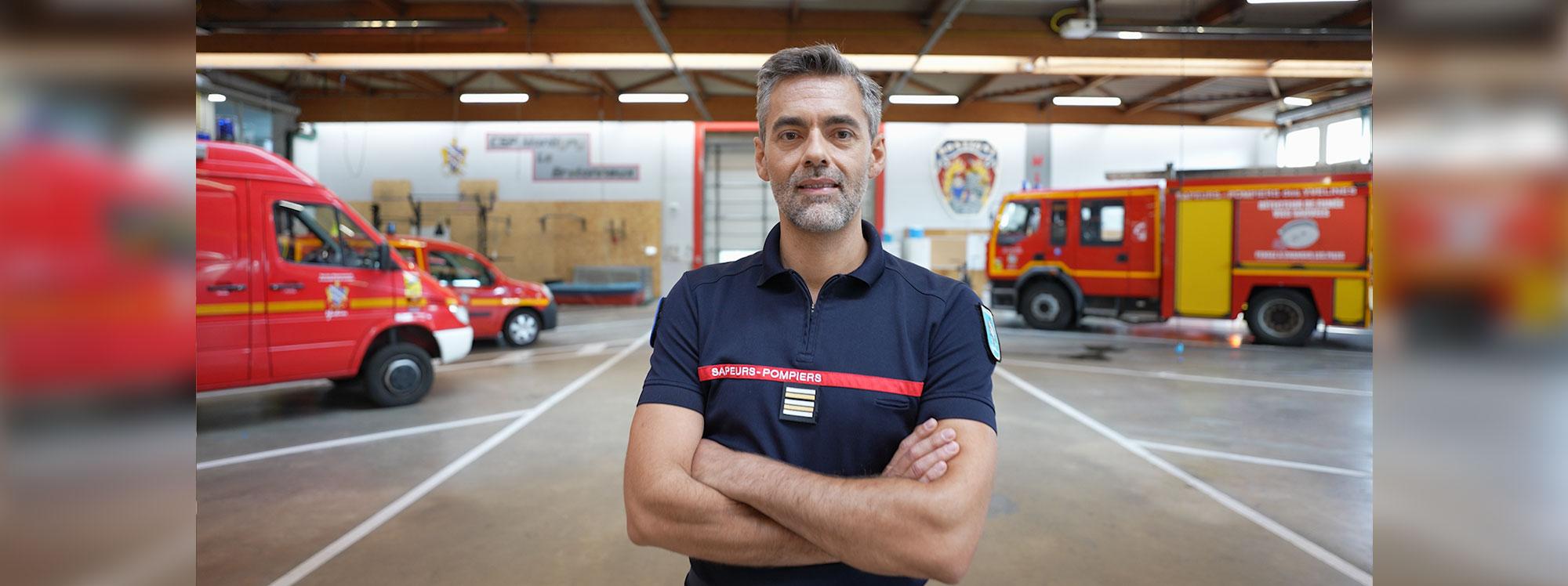 Vehículos Renault más seguros gracias a este bombero