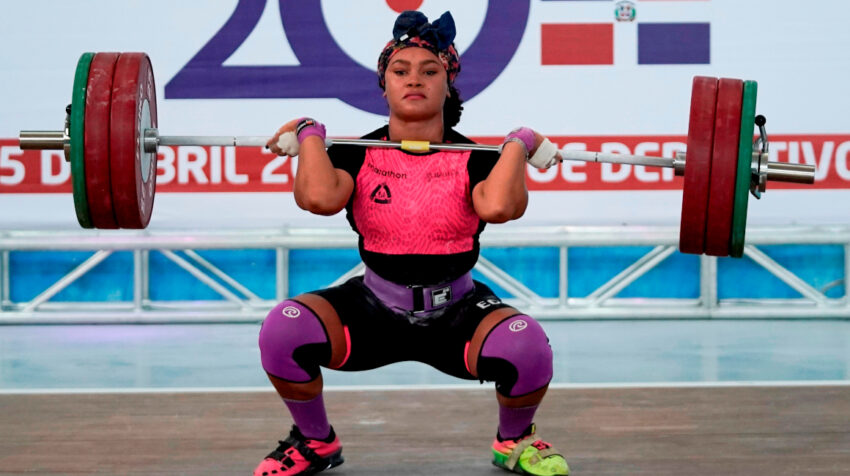 Neisi Dajomes, durante el Campeonato Panamericano en República Dominicana el 22 de abril de 2021.