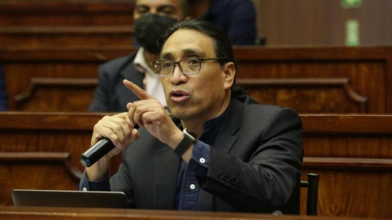 Virgilio Hernández en la Asamblea Nacional, el 18 de julio de 2021.