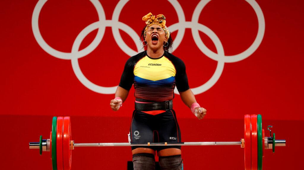 Tamara Salazar ganó la medalla de plata con una lesión en su rodilla