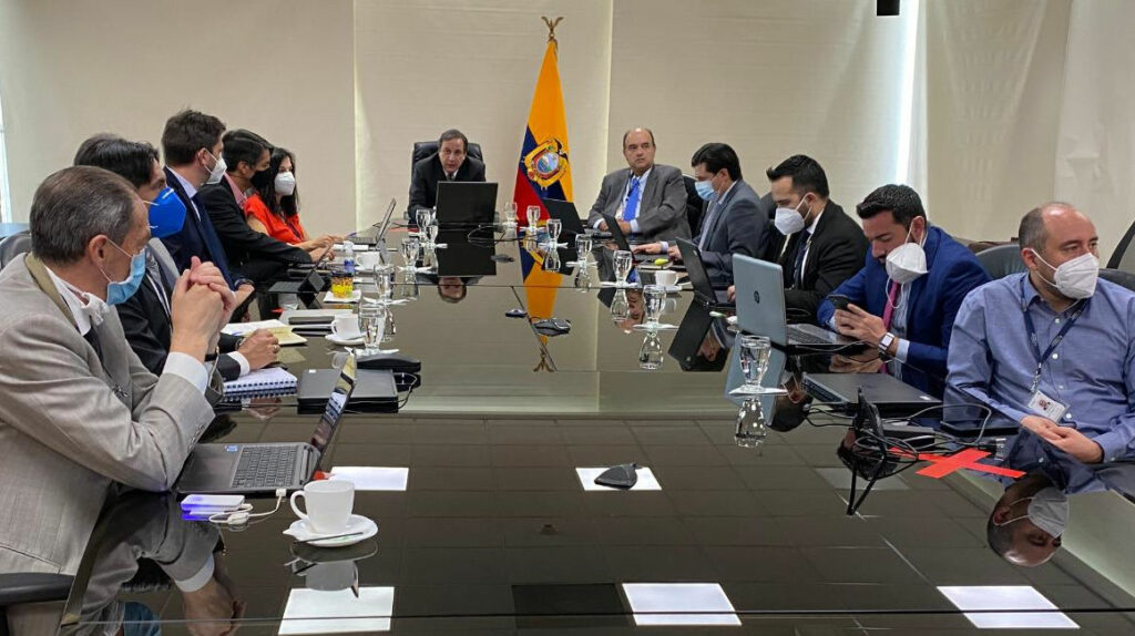 FMI inicia revisión del acuerdo de financiamiento con Ecuador