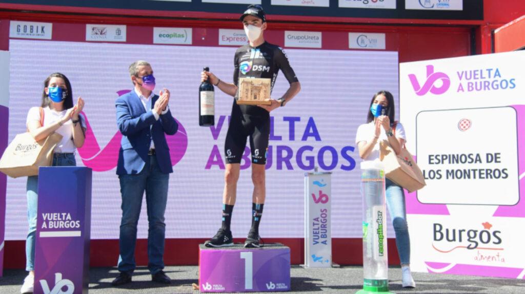 Romain Bardet gana la Etapa 3 y es el nuevo líder de la Vuelta a Burgos