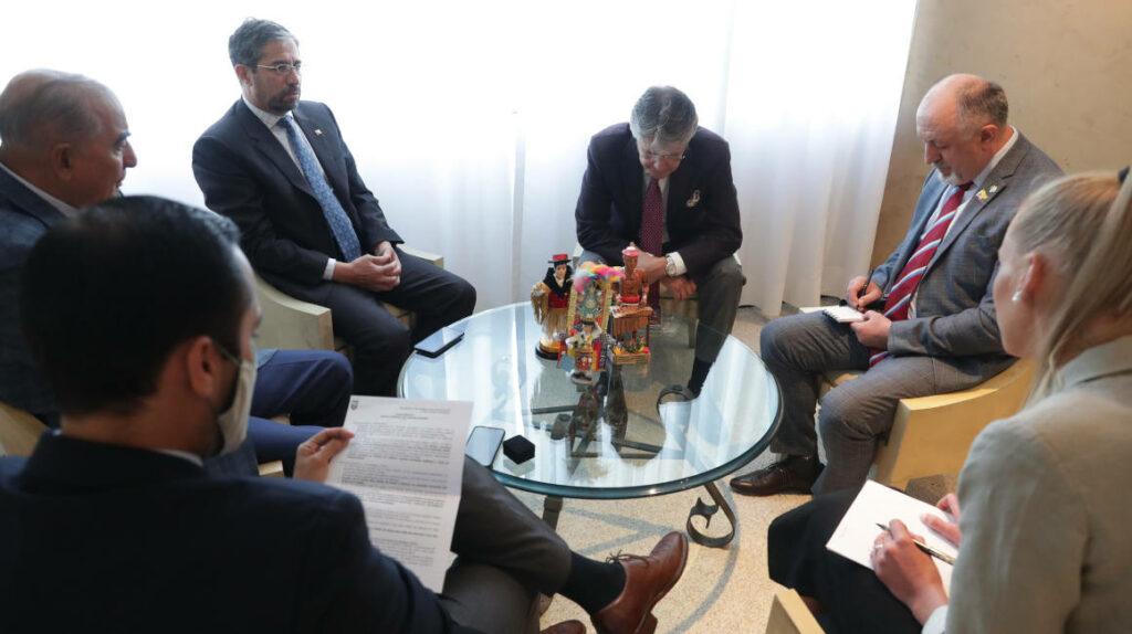 La futura relación de Ecuador y Rusia incluye fabricación de vacunas