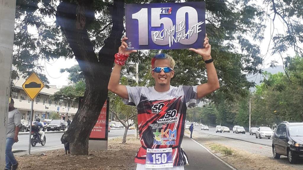 Ronald Insuaste y el reto de correr 200 medias maratones en 200 días