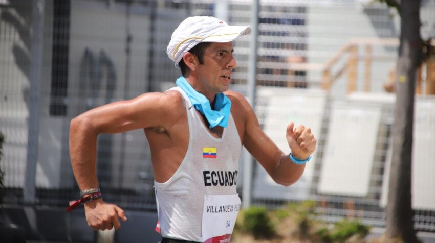 Claudio Villanueva mostró coraje y perseverancia durante los 50 kilómetros de Tokio.