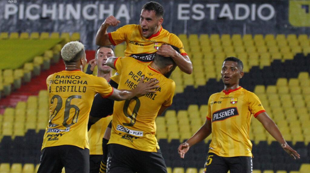 Barcelona vence a Guayaquil City y sube a lo más alto de la tabla