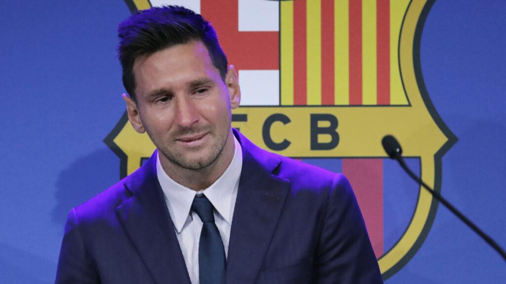 Entre lágrimas, Lionel Messi dio su discurso de despedida en el Camp Nou