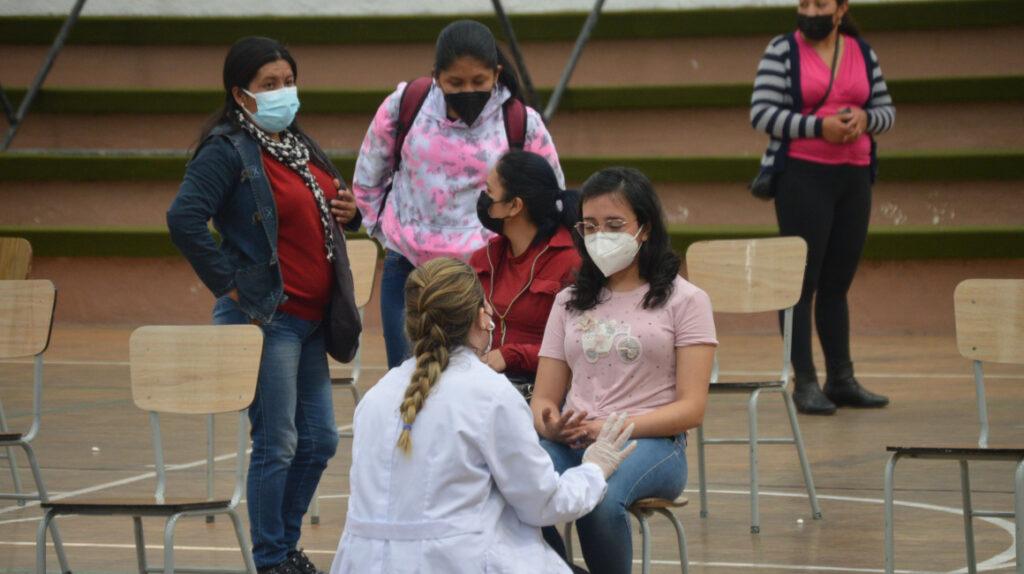Salud buscará 'inmunidad de rebaño' vacunando a mayores de 8 años