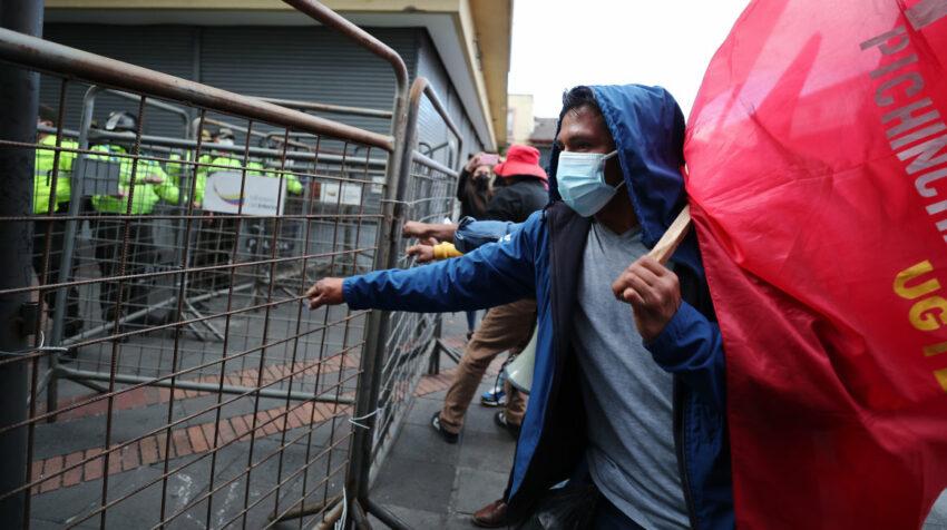 Manifestantes en la movilización del 11 de agosto de 2021, en Quito.