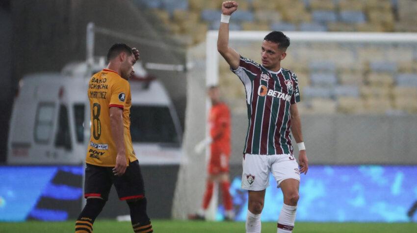 Gabriel Texeira, de Fluminense, celebra un gol ante Barcelona por la Copa Libertadores, el jueves 12 de agosto de 2021, en Brasil.