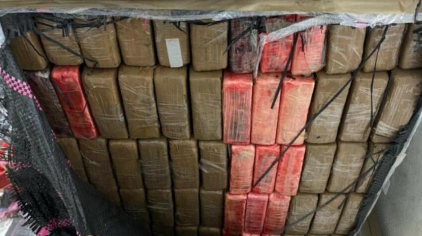 La droga, valorada en USD 450 millones, estaba repartida en 9.469 ladrillos.