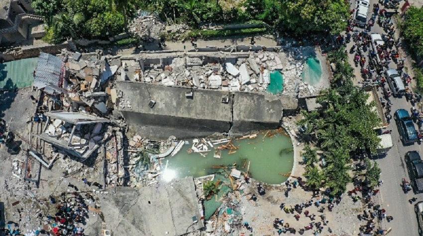 Fotografía desde un dron que muestra los efectos de un seísmo de 7,2 grados en Haití, el 14 de agosto de 2021.