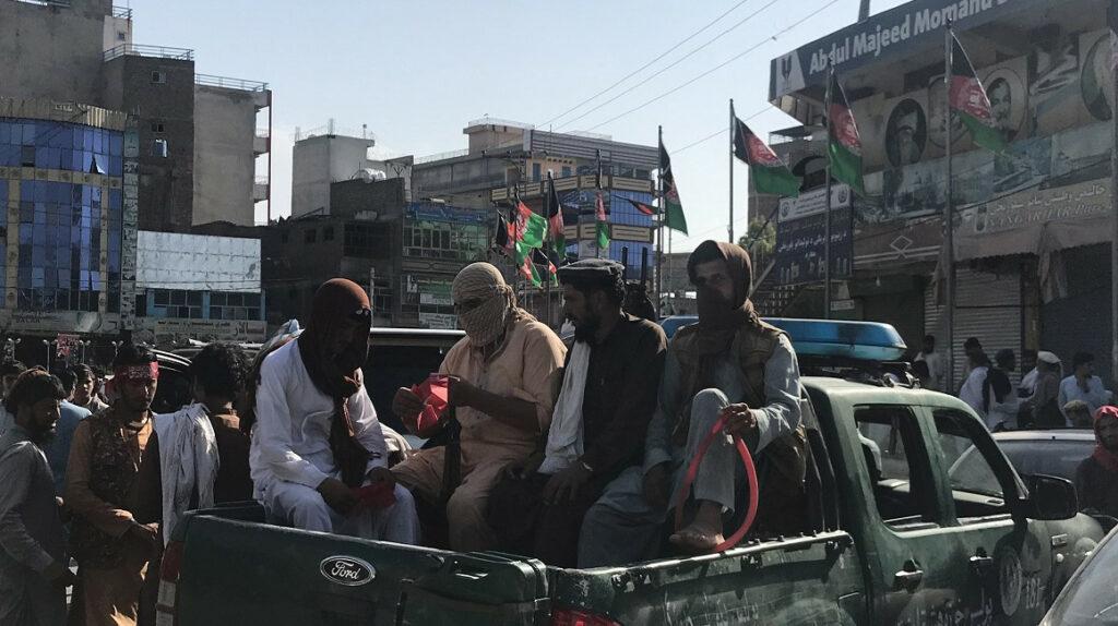 """Londres cree que """"ataque letal"""" podría ocurrir en Kabul en  horas"""