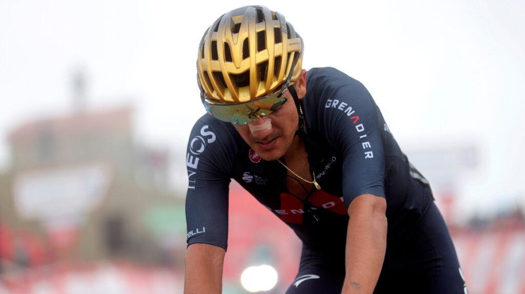 Taaramäe se lleva la Etapa 3 de la Vuelta y Carapaz sufre en el Picón Blanco