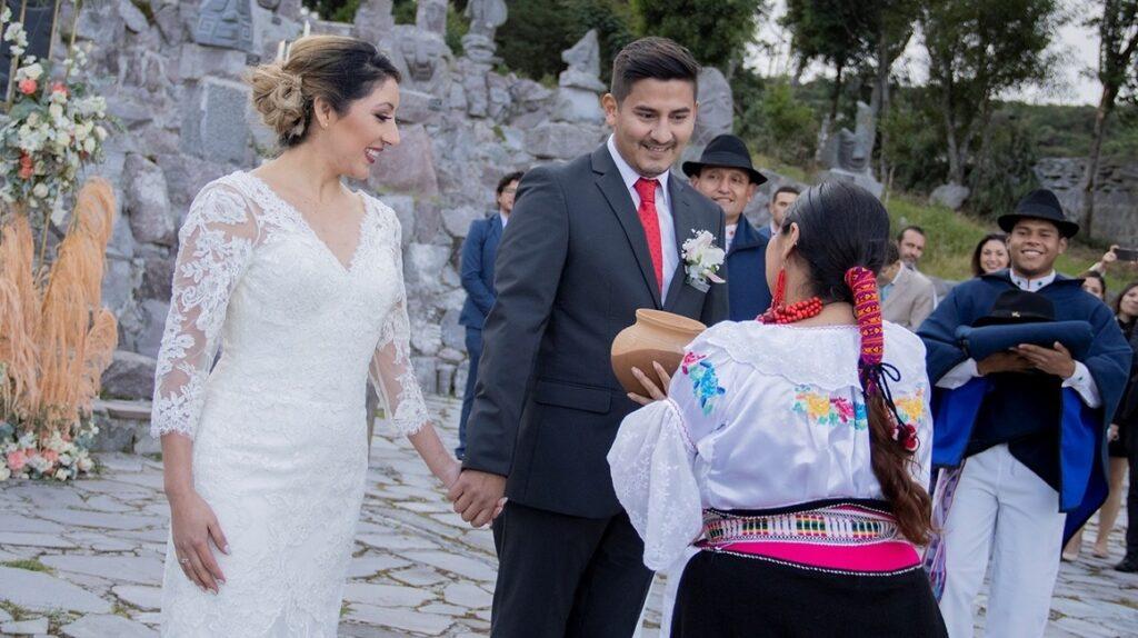 Quito se promociona como destino romántico para bodas y aniversarios