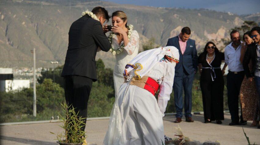 Fotografía sin fecha, cedida por Quito Turismo de una boda al estilo ancestral.