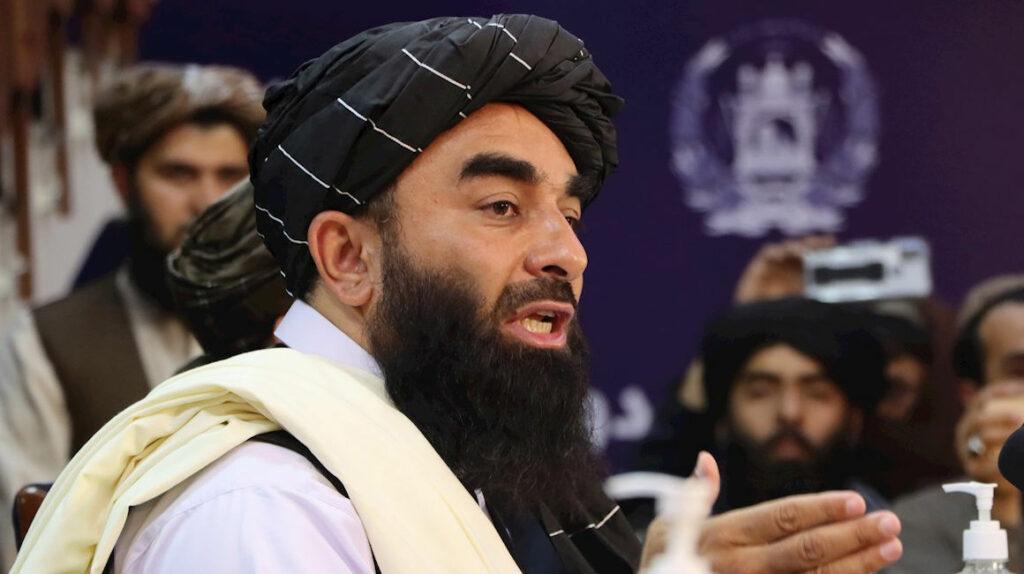 Talibanes dicen que respetarán derechos de las mujeres bajo ley islámica