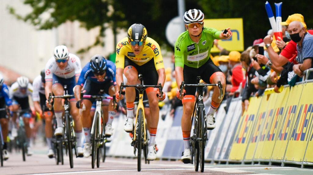 Marijn Van den Berg gana la Etapa 5 del Tour de l'Avenir en el sprint final