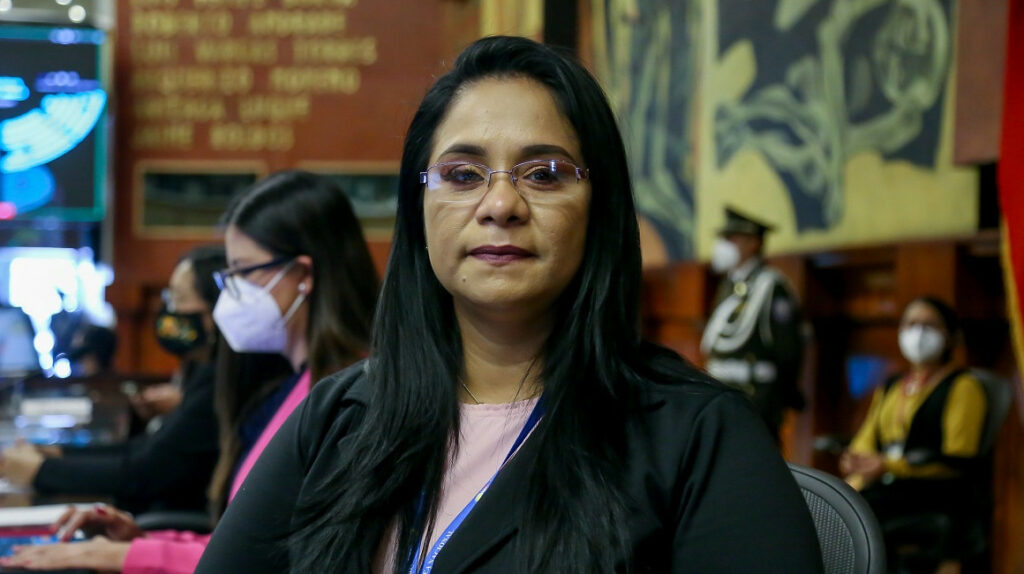 La ID expulsa a Bella Jiménez del partido tras denuncias de supuesta corrupción