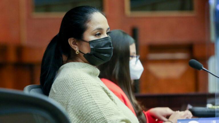 La Asamblea le pide a Bella Jiménez que renuncie a la segunda vicepresidencia