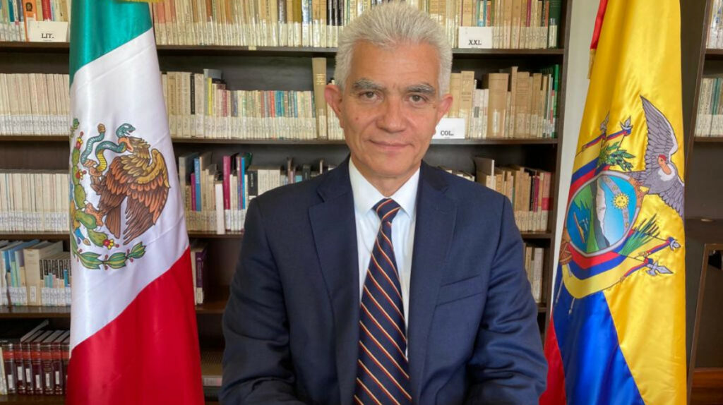 Embajada de México atiende a 150 personas diarias para las visas