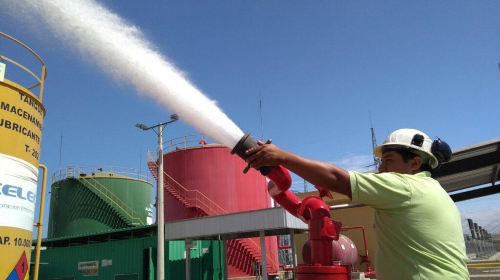 Celec prepara 11 termoeléctricas ante el riesgo que corre la central Coca Codo