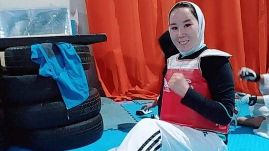 Los deportistas afganos llegan a Tokio y competirán en los Paralímpicos