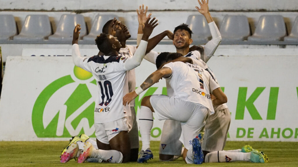 Liga de Quito vence a Mushuc Runa con doblete del 'Choclo' Quintero
