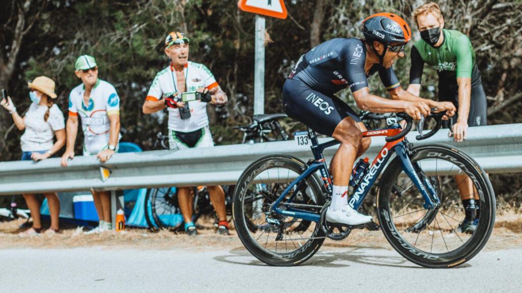 Jhonatan Narváez se retira de la Vuelta por problemas gastrointestinales