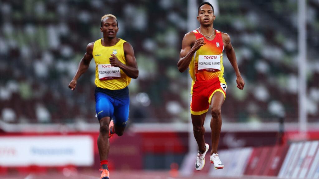 Anderson Colorado y Damián Carcelén avanzan a la final de los 400 metros planos