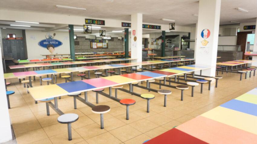 Vista del comedor del colegio EMDI School, el 30 de agosto de 2021.
