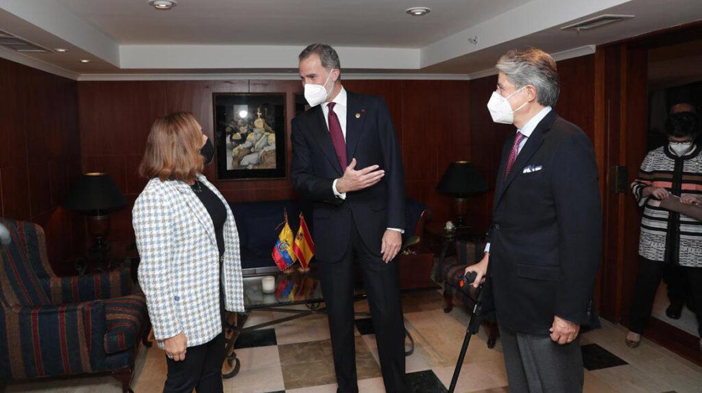 Contratos de la Embajada de España con Kinema están 'bajo llave'