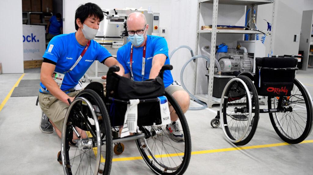 Mecánicos de personas, los otros protagonistas de los Paralímpicos