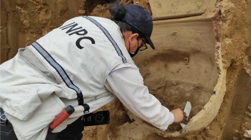 Varios objetos arqueológicos fueron hallados en una hacienda bananera en Vinces.