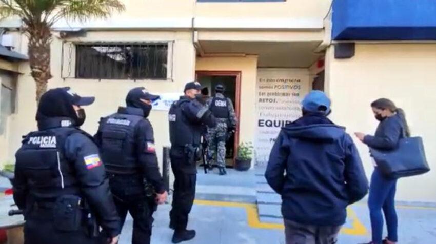 Allanamiento de las oficinas de Andeantrade.